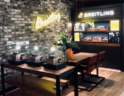 Breitling Corner